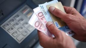Banque: Le Maire plaide pour des frais plafonnés à 200 euros pour les plus fragiles