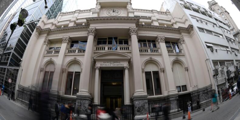 Argentine: le peso se redresse un peu après sa chute