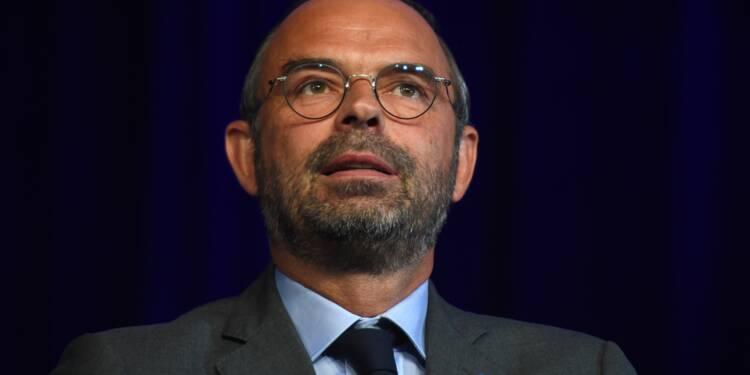 """Philippe appelle les parlementaires LREM à sortir du """"tourbillon de l'actualité"""""""