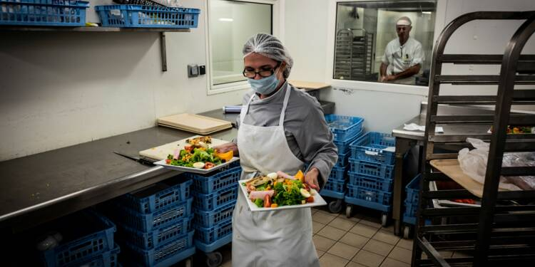 """Hôpitaux, maisons de retraite: quand le """"fait maison"""" dame le pion à la restauration collective"""