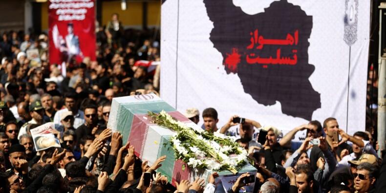 Iran: Ahvaz enterre ses morts, Khamenei met en cause Ryad et Abou Dhabi