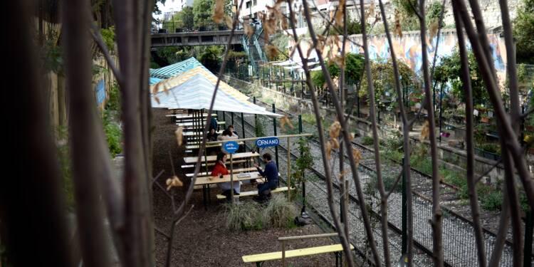 Terrasses, bars, restaurants... La mairie de Paris recule sur un projet d'urbanisme contesté