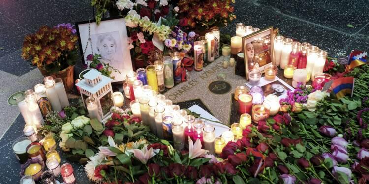 Aznavour: émotion à travers le monde et un hommage national à Paris