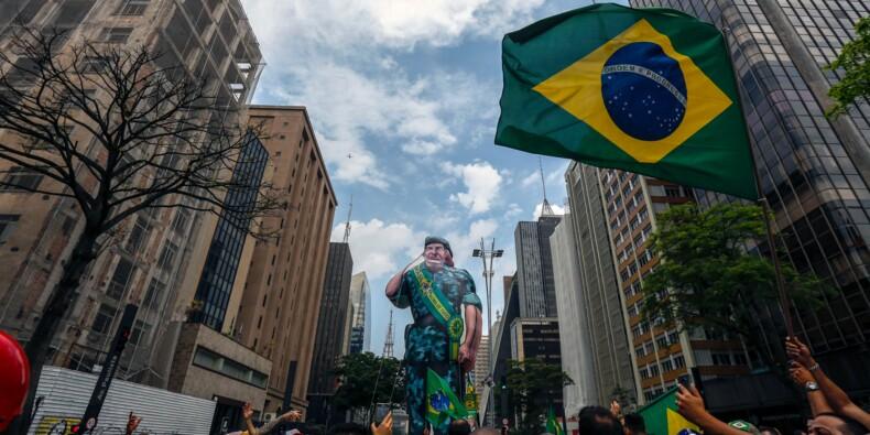 Brésil: la présidence à portée du candidat d'extrême droite