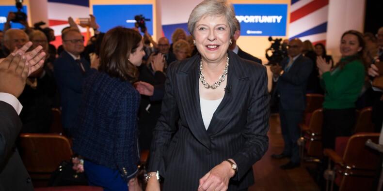 """Brexit: l'UE appelle May à """"se remettre au travail"""" pour boucler un accord"""