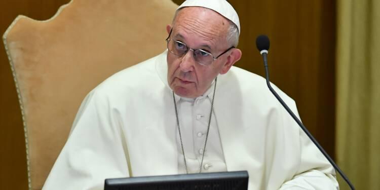 Abus sexuels: le pape ordonne une enquête approfondie sur l'ex-cardinal McCarrick