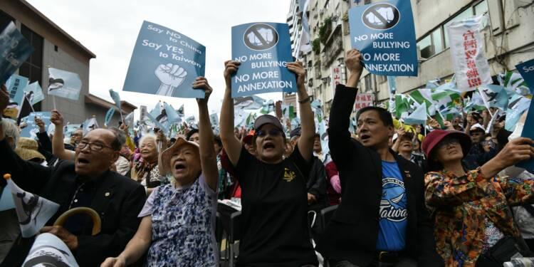 A Taïwan, des dizaines de milliers d'indépendantistes dans la rue