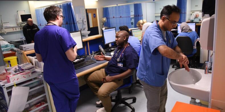 """Brexit: les infirmiers espagnols disent """"bye bye"""" au Royaume-Uni"""