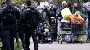 """Grande-Synthe: nouvelle évacuation d'un campement de migrants, Castaner affiche sa """"fermeté"""""""