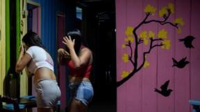 Se prostituer en exil pour nourrir sa famille restée au Venezuela