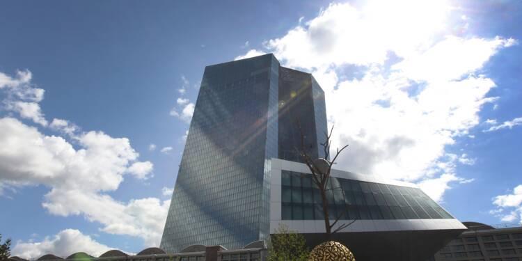 Zone euro: net ralentissement de la croissance, le pessimisme gagne