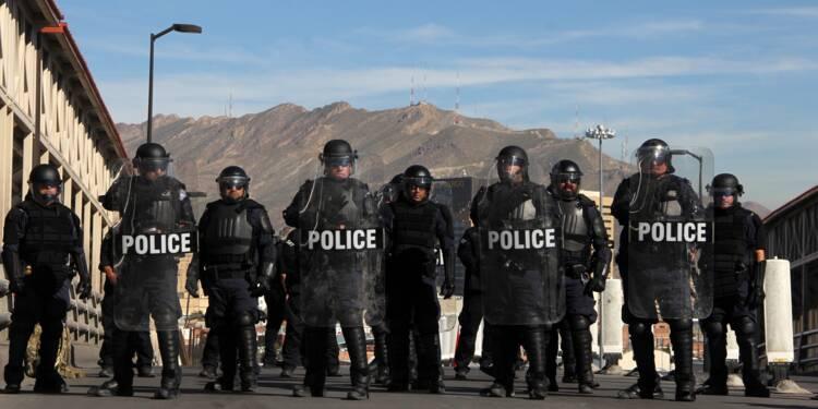 """Migrants: Trump prévoit des """"villes de tentes"""" et envoie 5.000 soldats à la frontière"""
