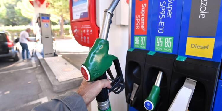 Fronde sur les carburants: le gouvernement cherche une sortie de crise