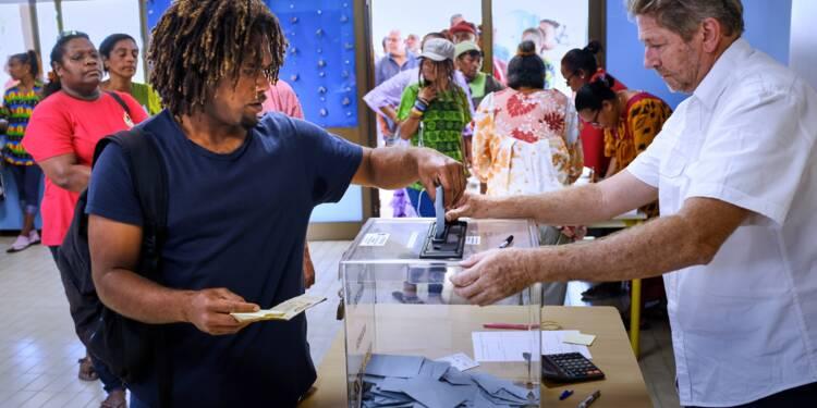 La Nouvelle-Calédonie choisit la France mais le camp indépendantiste progresse
