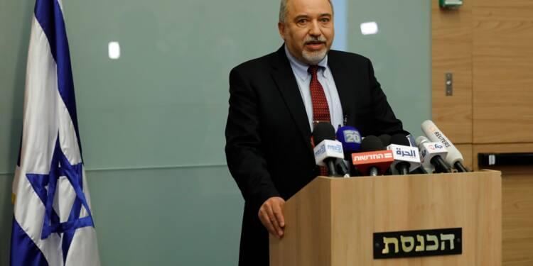 Israël : le ministre de la Défense démissionne sur Gaza, le gouvernement dans la tourmente