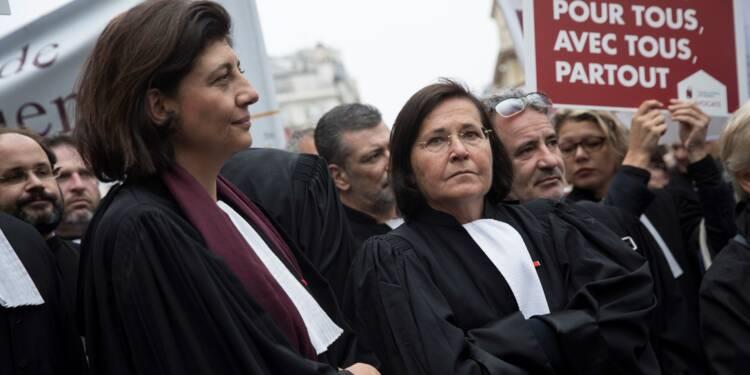 """""""Journée morte"""" des barreaux contre une réforme de la justice """"illisible"""" et """"inhumaine"""""""