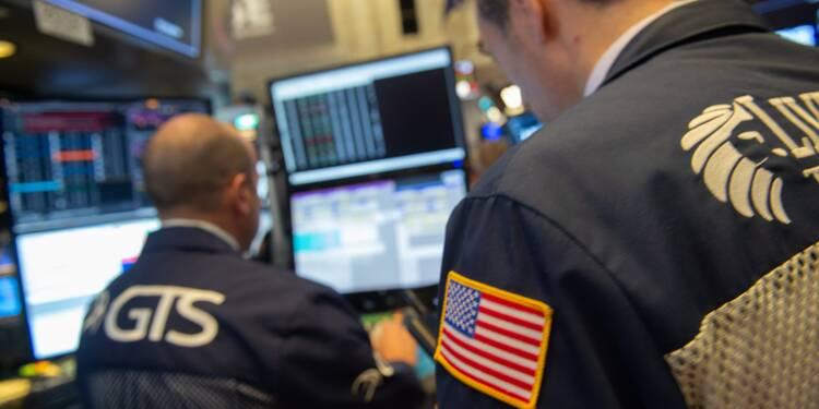 """Wall Street, face à la possibilité d'un """"shutdown"""", s'installe dans le rouge"""