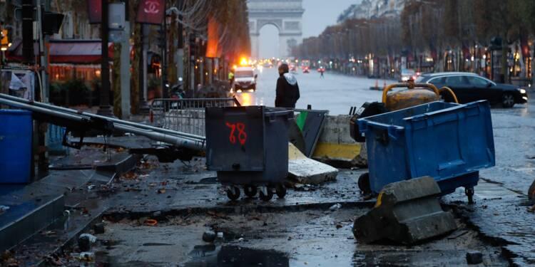 """""""Gilets jaunes"""": 101 gardes à vue à Paris, imbroglio sur l'appel à un """"acte 3"""""""