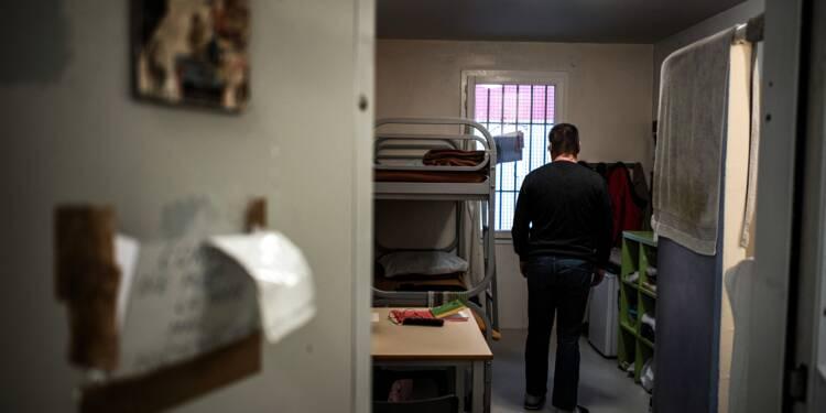 """En prison, ces codétenus qui """"apaisent"""" pour prévenir le suicide"""