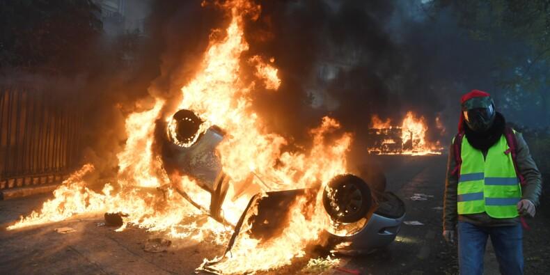 """Manifestation des """"gilets jaunes"""" : scènes de chaos en plein Paris"""