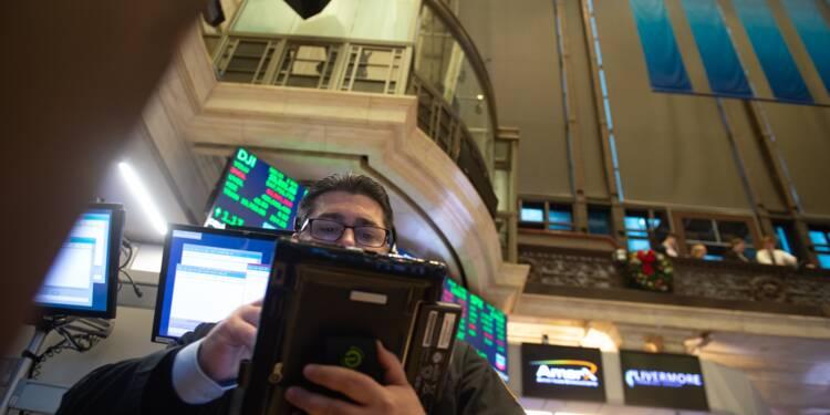 Wall Street, focalisée sur l'affaire Huawei, plonge à la clôture