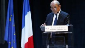 """Pacte sur les migrations : Paris déplore """"fadaises"""" et """"manipulations"""""""