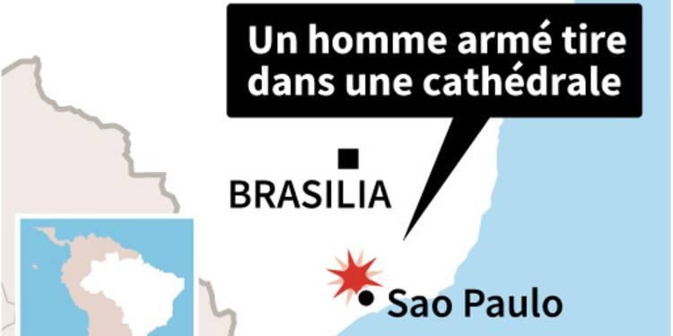 Brésil: un homme tue 4 personnes dans une cathédrale avant de se suicider