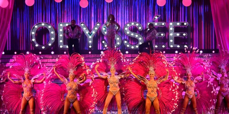 Loin du Lido ou du Moulin rouge, strass et paillettes brillent dans les cabarets de province