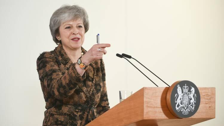 Brexit : le torchon brûle entre Theresa May et Tony Blair, qui appelle à un nouveau référendum
