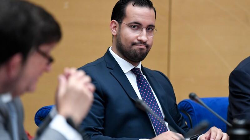 Benalla a usé largement de ses passeports diplomatiques après l'Élysée