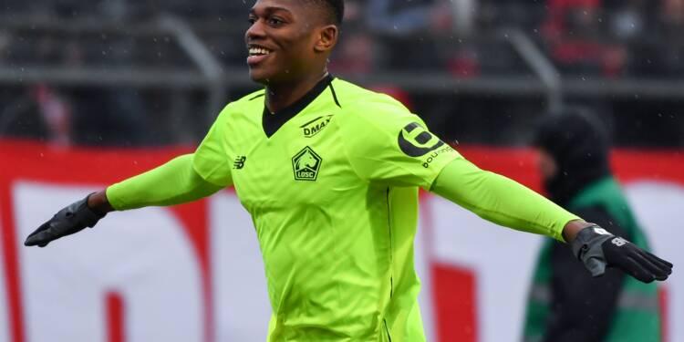 Ligue 1: Lille se fait peur mais l'emporte à Nîmes