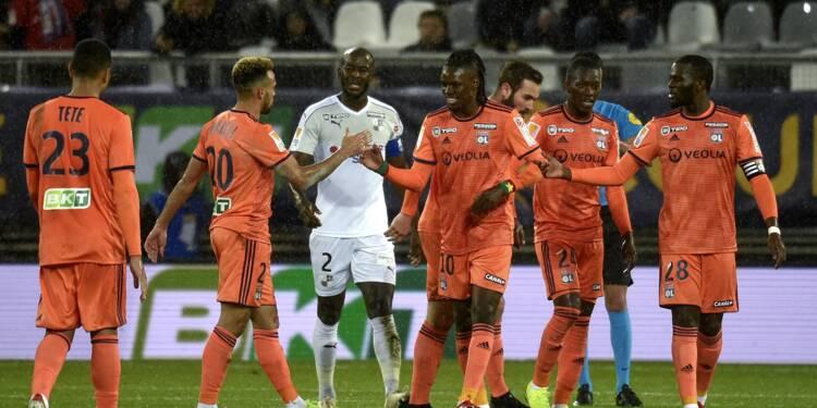 Coupe de la Ligue: Lyon s'impose logiquement à Amiens mais se fait peur