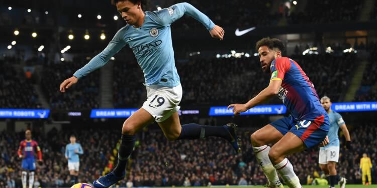 Angleterre: Manchester City chute et laisse filer Liverpool