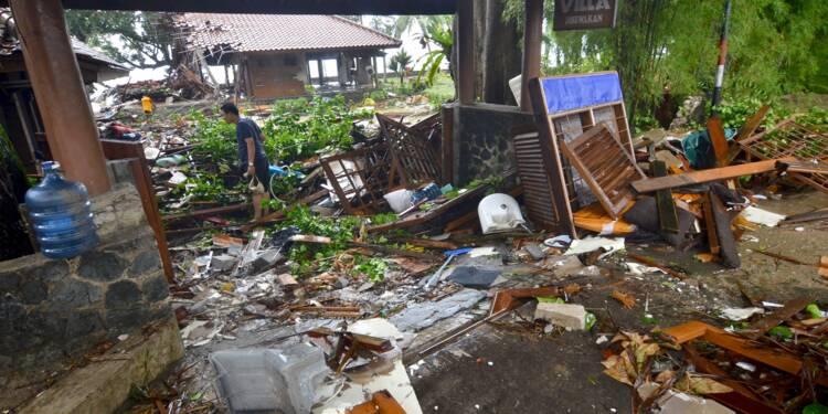 """Indonésie : plus de 220 morts après un tsunami """"volcanique"""""""