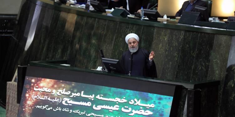 """Iran: Rohani présente un budget adapté aux """"cruelles"""" sanctions américaines"""