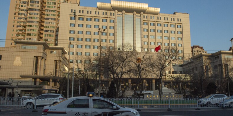 """Chine: un avocat jugé à huis clos au nom du """"secret d'État"""""""