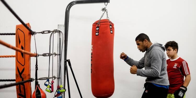 Boxeur devenu aveugle, il se bat pour l'intégration d'enfants défavorisés