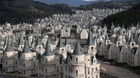 Maisons vides, chantiers laissés en plan: la construction flanche en Turquie