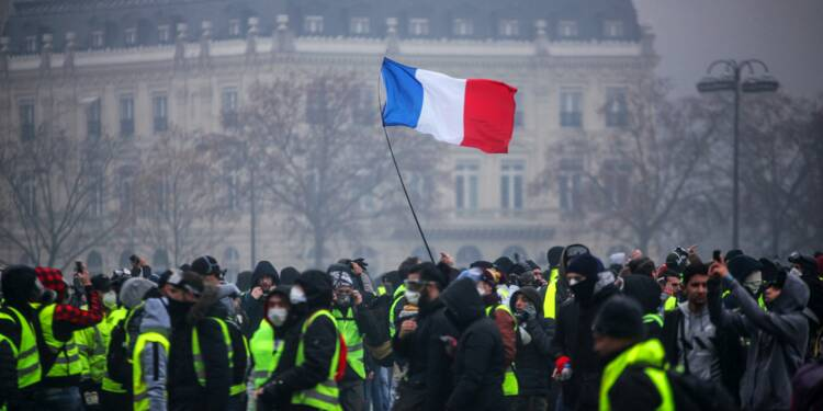"""""""Gilets jaunes"""": la préfète du Cher interdit tout rassemblement dans le centre de Bourges"""
