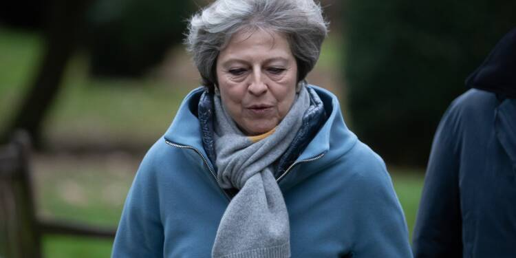 "Brexit: May met en garde contre un rejet ""catastrophique"" de l'accord"