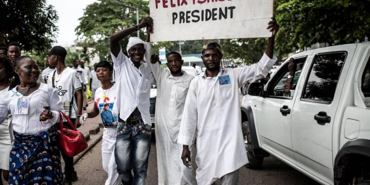 """RDC: les pro-Tshisekedi célèbrent la première """"passation de pouvoir civilisée"""""""