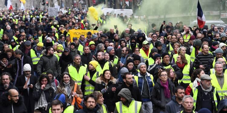 """""""Gilets jaunes"""": mobilisation en recul, à nouveau des incidents"""