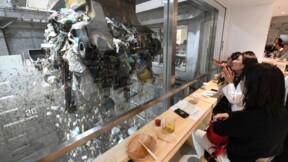 Vue sur ordures: une usine de traitement tient un bar éphémère au Japon
