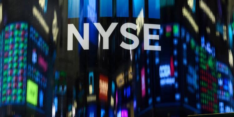 Wall Street finit en baisse dans le sillage de résultats mitigés