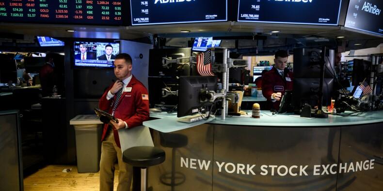 """Wall Street finit en ordre dispersé, entre commerce et """"shutdown"""""""