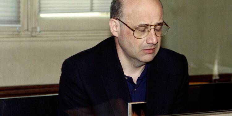 Vingt-six ans après ses crimes, la justice libère le faux docteur Romand