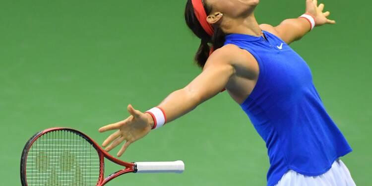 Fed Cup: Caroline Garcia, impériale, envoie les Bleues en demi-finales