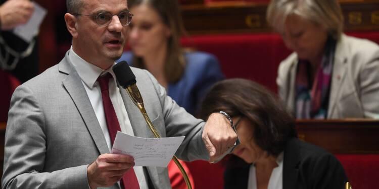 """""""Autoritarisme"""" ou """"confiance"""": l'école de Blanquer en débat à l'Assemblée"""