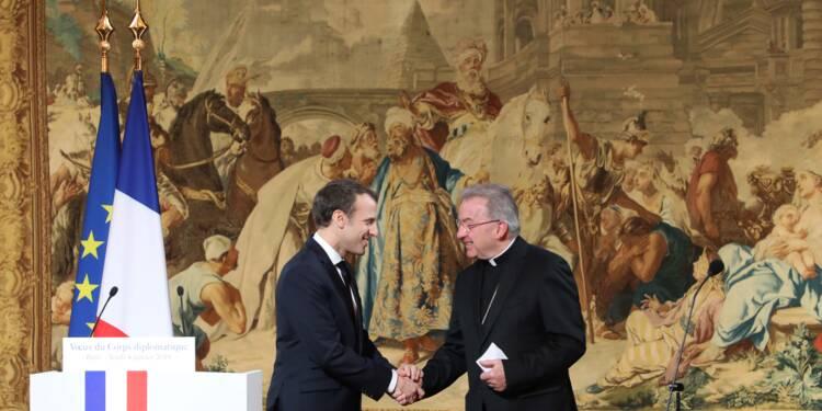 """Le représentant du pape en France visé par une enquête pour """"agressions sexuelles"""""""