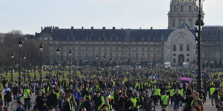"""Les """"gilets jaunes"""" mobilisés pour le 3e mois du mouvement, heurts à Bordeaux et Toulouse"""